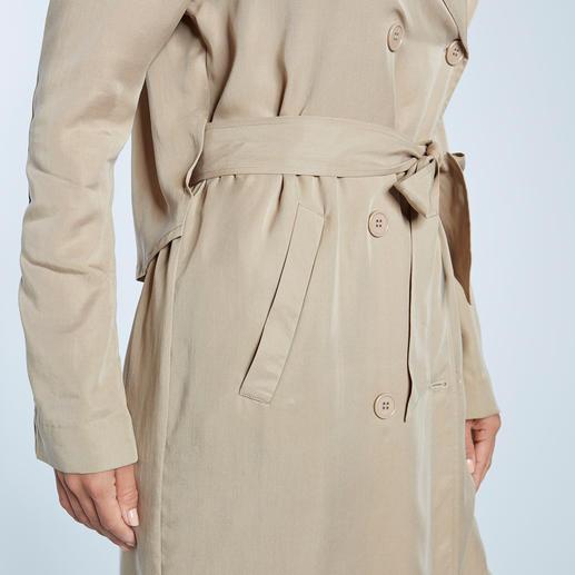 Pinko Lyocell-Trenchcoat Lyocell macht den Trenchcoat wieder zum Trend-Coat: Leichter. Luftiger. Und lässiger denn je. Von Pinko.