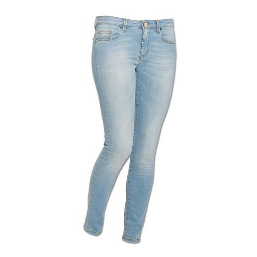 Pinko Streifen-Pulli, Skinny-Jeans oder Zweireiher-Blazer Selten harmonisch aufeinander abgestimmte Kombination in trendigen Rosé- und Aquatönen. Von Pinko.