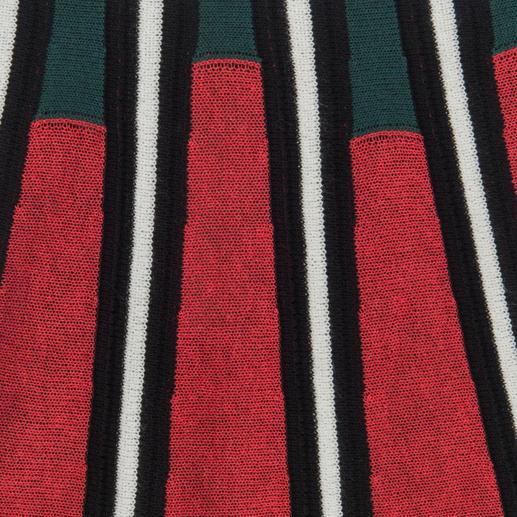 M Missoni Racer-Back-Top oder Glockenrock Ringer-Rücken. Schößchen-Oberteil. Glockenrock. Und genau die richtigen Farben. Modischer Strick vom Spezialisten: M Missoni.