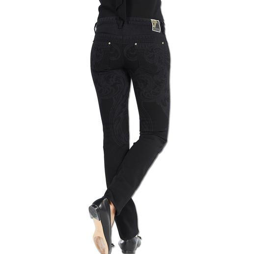 Versace Collection Chiffon-Bluse oder Ornament-Jeans Vielseitiges Trend-Ensemble von Versace: Tagsüber elegant. Abends rockig. Nie overdressed.