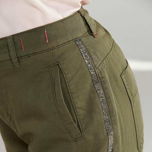 TWINSET Cargohose Perfekt für aktuelle Stilbruch-Looks: die Cargo-Hose im Military-Style von TWINSET.