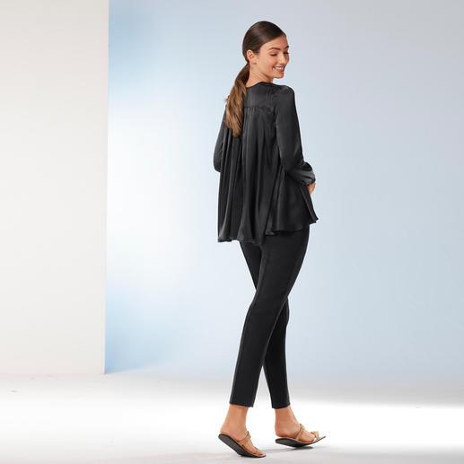 Sly010 Stretchseiden-Tunika oder Crêpe-Jogging-Pants Elegantes Makeover für die Casual-Stars Tunika und Jogging-Pants. Vom Berliner Trendlabel Sly 010.