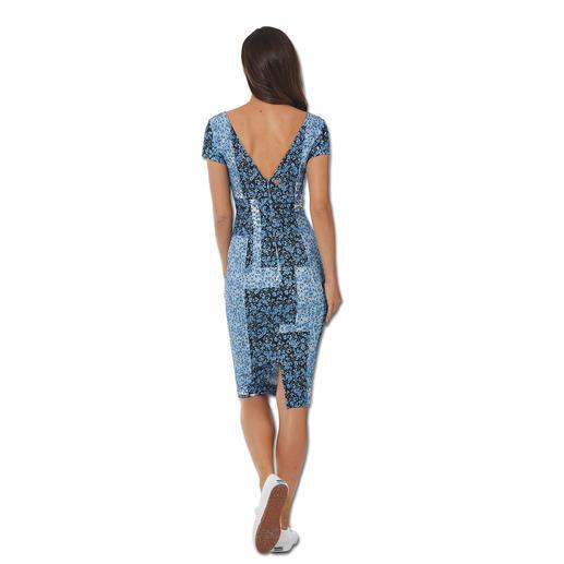 cavalli CLASS Patch-Print-Kleid Sporty-Elegance. Patched-Jeans. Blüten-Prints. 3-facher Trend-Treffer von cavalli CLASS.