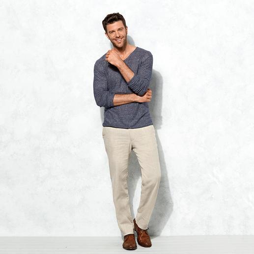 Lagerfeld Luxus-Basic-Pulli Leicht, lässig und doch edel: Der perfekte Basic-Pulli kommt von Lagerfeld.