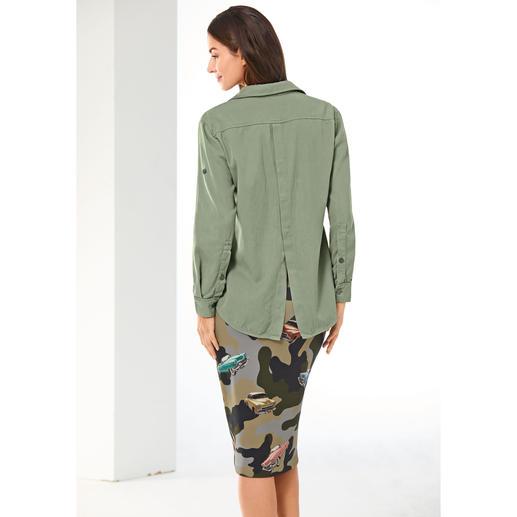 Pinko Khaki-Bluse oder Camo-Bleistiftrock Cool & sexy statt derb und sportiv: Pinkos Antwort auf den Military-Trend.