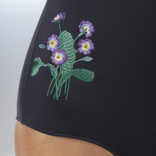 Stella McCartney Pareo oder Neopren-Badeanzug Swimwear-Star Neopren: Bei Stella McCartney außergewöhnlich fein & feminin.