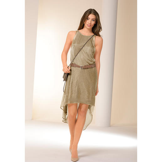Zadig & Voltaire Gold-Kleid Mode-Must-have Gold-Kleid: Das von Zadig & Voltaire funktioniert auch am Tag.