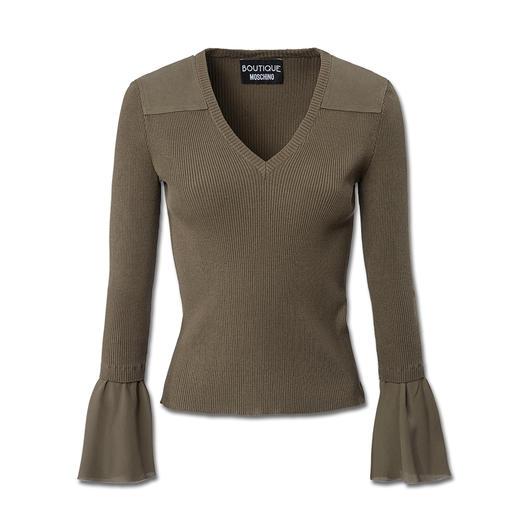 Boutique Moschino Khaki-Hose, -Pulli oder -Häkeljacke Wieder da: Khaki. Aber neu und feminin interpretiert bei Boutique Moschino.