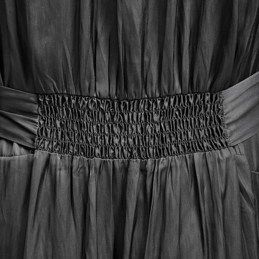 Zadig & Voltaire Maxi-Blusenkleid Im Trend: lange Blusenkleider aus fließendem Stoff. Das von Zadig & Voltaire sitzt und fällt perfekt.