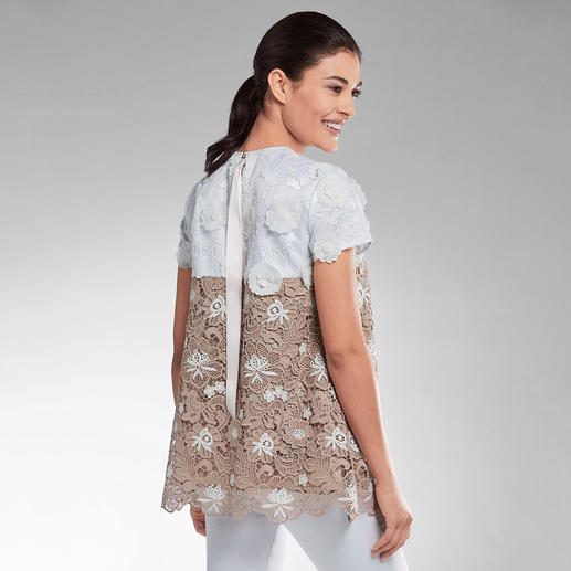 Sly 010 Couture-Spitzen-Shirt Sportive A-Linie – couturige Spitze. Bei Sly 010 verschmelzen Athleisure- und New Romance-Trend.