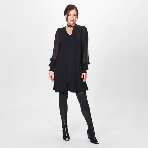 TWINSET Black-Dress Modische Allianz aus Strick, seidig fließender Viskose und Statement-Ärmeln: das vielseitige Black-Dress von TWINSET.