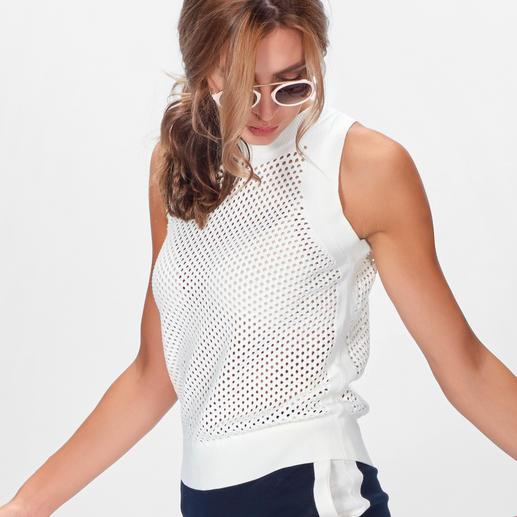 Stefanel Sporty-Mesh-Stricktop, -Strickshirt oder -Strickrock Stefanels bewährte Basic-Schnitte – sportlich upgedatet durch Mesh-Optik und Seitenstreifen.