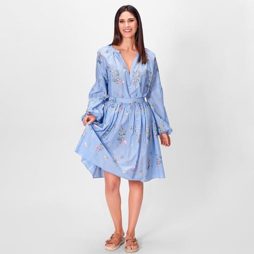 Blugirl Embroidery-Sommerbluse oder -Rock Blugirls luftig-leichte Sommer-Kombi aus Schlupf-Bluse und Swing-Rock punktet modisch 5-fach.