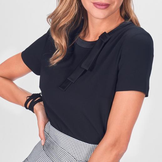 Paule Ka Couture-Shirt Paule Kas Couture-Shirt veredelt jeden Look – von trendigen Sporty-Styles bis zu eleganten Abend-Outfits.
