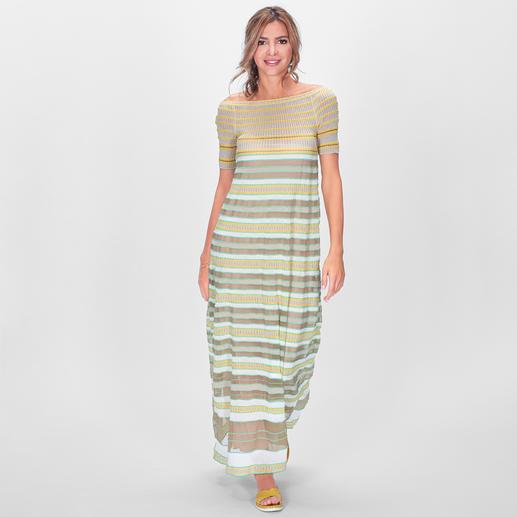 M Missoni Maxi-Kleid Im Fashion-Fokus: Maxi-Kleider. Transparenz. Smok-Einsätze. Außergewöhnlich elegant umgesetzt von M Missoni in edlem Hauchstrick.
