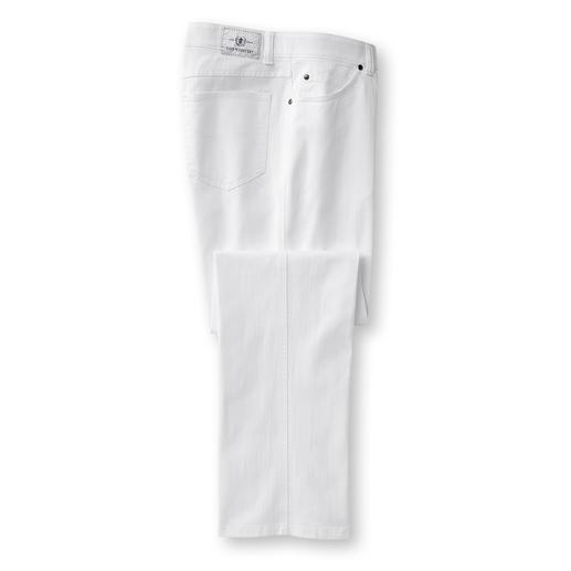 Kein Ausbeulen. Viel weniger Sitzfalten. Und über Nacht trocken. Endlich eine Jeans, in der Sie den ganzen Tag lang gepflegt aussehen.