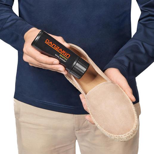 Danzarin Schuhpuder Barfuß im Schuh – aber nur mit dem Schuhpuder argentinischer Tango-Tänzer.