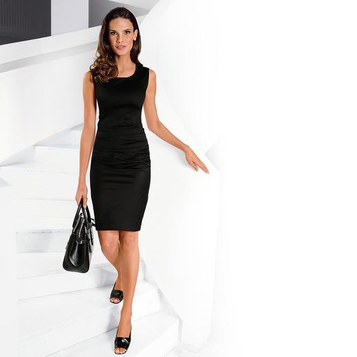227-Gramm-Kleid Wiegt nur 227 Gramm: Mehr Kleid brauchen Sie an warmen Tagen nicht. Stilvoll elegant. Erfrischend atmungsaktiv.