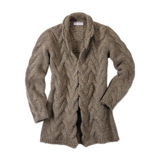 Heartbreaker Donegal-Cardigan Weicher, schlanker, femininer: Facelift für den Donegal-Cardigan. Veredelt mit 50 % Kaschmir.