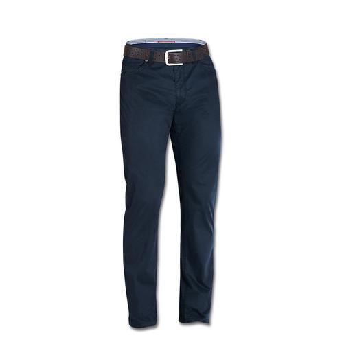 Coolmax® Five-Pocket - Das Tragegefühl von Baumwolle. Der Klima-Komfort von Coolmax®: die sommerliche Five-Pocket von Dimensione.
