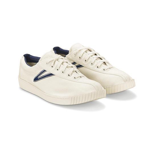Tretorn Nylite Canvas-Sneaker für Damen oder Herren Modische Sneakers gibt es viele. Der Nylite ist der ewige Kult-Klassiker. Designt in Schweden. Gefeiert in den USA.