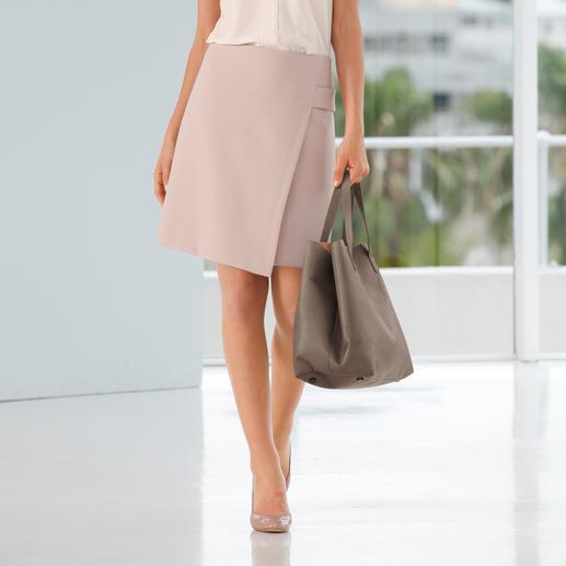 Seductive Business-Rock Fashion Star Nach einem solchen Rock sucht eigentlich jede Frau. Elegant. Business-korrekt. Und doch modisch hochaktuell.
