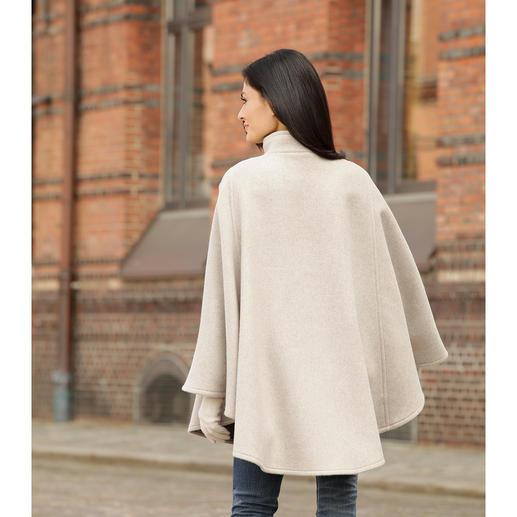 Steinbock® Doubleface-Cape Fühlt sich flauschig weich an. Hält angenehm warm. Und sitzt perfekt auf den Schultern.