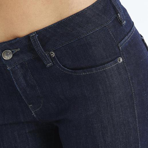 Strenesse Business-Jeans Rina Jeans im Job? Nur ganz wenige sind wirklich akzeptabel. Aktueller Raw-Denim-Look. Cleaner Schnitt. Perfekte Passform. Von Strenesse.