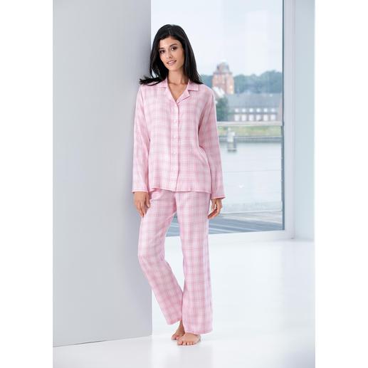 NOVILA Karo-Pyjama, Rosé - Der Pyjama für den ersten guten Eindruck am Morgen. Gefertigt in Deutschland von NOVILA.