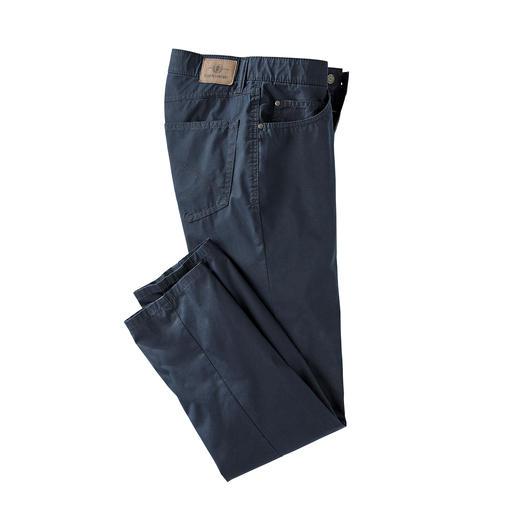 Die Five-Pocket für den Sommer. Das Tragegefühl von Baumwolle. Der Klima-Komfort von Coolmax®.