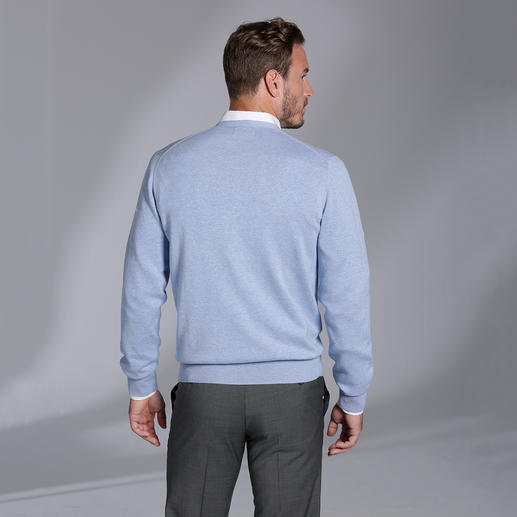 Alan Paine Baumwoll-Kaschmir-Cardigan Die Luxus-Variante des klassischen Baumwoll-Cardigans. Pima Cotton mit feinstem mongolischem Kaschmir.