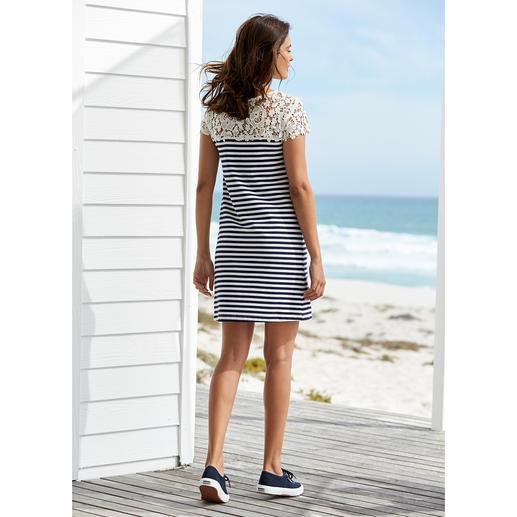 """Liu Jo Spitzen-Shirtkleid """"maritim"""" Sportlich. Schlicht. Aber viel eleganter (und femininer) als die meisten Maritim-Looks."""