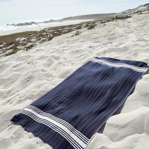 Vaca Vaca Strandtuch Weich und saugstark wie Frottee. Aber leichter, platzsparender. Und schneller wieder trocken.