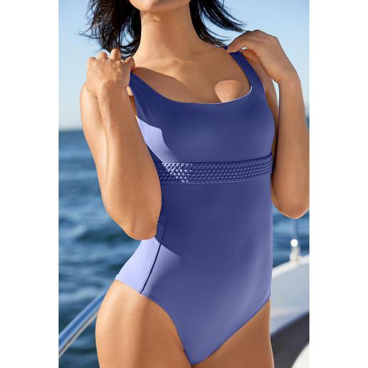 Iodus Clean-Cut-Bikini oder -Badeanzug Schlicht unifarben, aber alles andere als langweilig: Raffiniert elegante Bademode von Iodus, Paris.