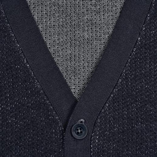 Pima Cotton Doubleface-Cardigan Die elegante Ausnahme unter den vielen Baumwoll-Cardigans: Handgepflückte Pima-Cotton. Aufwendiger Doubleface-Strick.