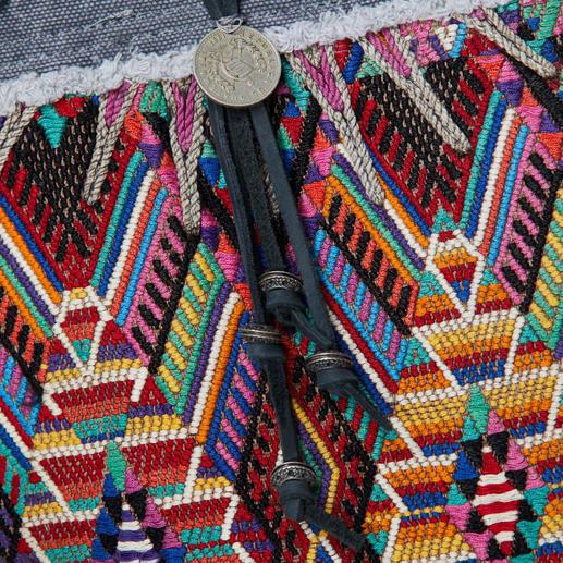 Smitten Huipil-Tasche Trendiger Ethno-Shopper mit handgewebtem Huipil-Muster aus Guatemala. Limited Edition: 250 Stück.