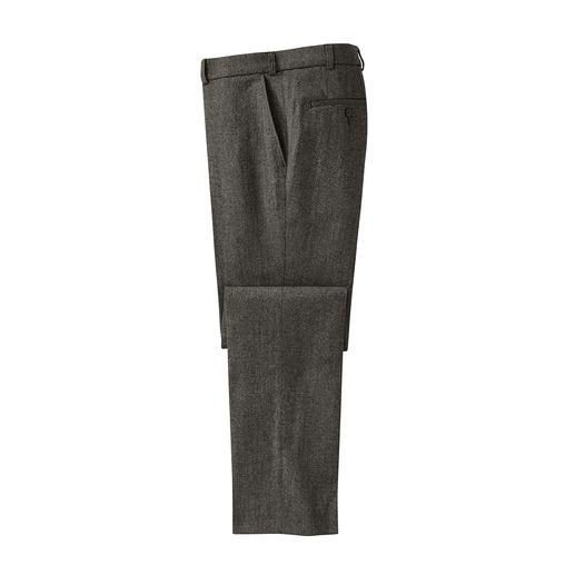 Original Donegal-Tweed. Unvergleichlich weich dank 46 % Baumwolle. Original Donegal-Tweed. Unvergleichlich weich dank 46 % Baumwolle. Typisch kernig-genoppter Charakter. Gewebt von Abraham Moon & Sons in England.
