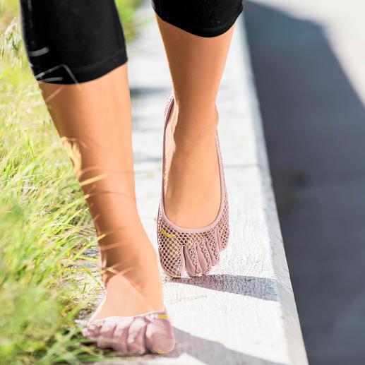 FiveFingers®-Schuhe So gesund und entspannend wie Barfußlaufen, aber ohne Verletzungen und schmutzige Füße. Ultraleicht und flexibel.