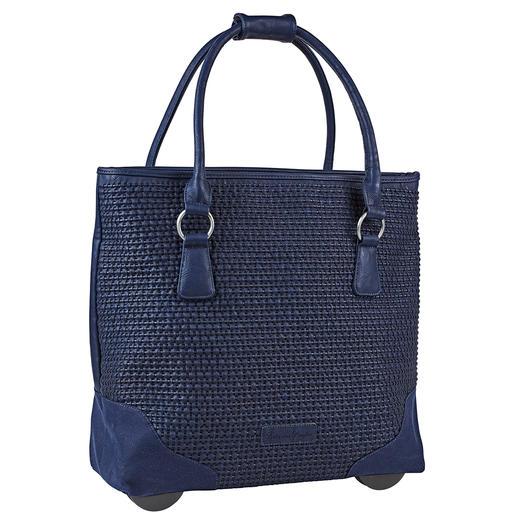 Immer elegant. Ausreichend groß. Nie zu schwer. Die XL-Shopper-Bag mit verborgener Trolley-Funktion: Immer elegant. Ausreichend groß. Nie zu schwer.