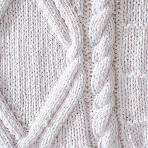 Eribé Handstrick-Sommerpullover Perfekt für den Sommer – und doch so schwer zu finden: der handgestrickte Aran-Pullover.
