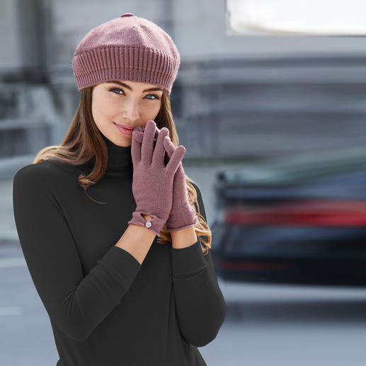 Johnstons Kaschmir-Mütze, -Handschuhe oder -Schal Praktisch, trendy. Und aus reinem Kaschmir.
