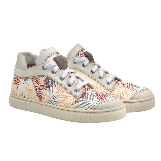 Chaaya Leder-Sneaker Palmen-Print Stylishe Leder-Sneakers mit Wohlfühl-Garantie – und qualitativ um Klassen besser als der Mainstream.