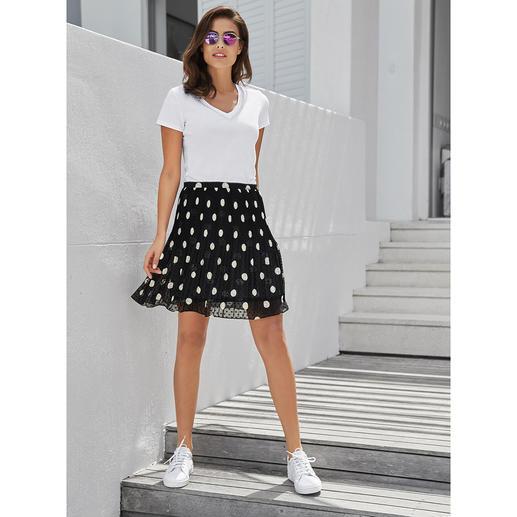 Liu Jo Basic-Schmuck-Shirt Trendgerecht geschmückt – aber nicht too much. Mit dezentem Perlenbesatz.