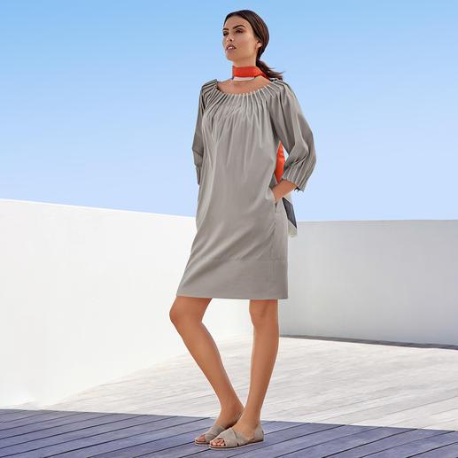 The Pure Barbara Schwarzer Popeline-Kleid Modisch perfekt: Aktuelle Form. Trendgerechte Details. Richtige Farbe.