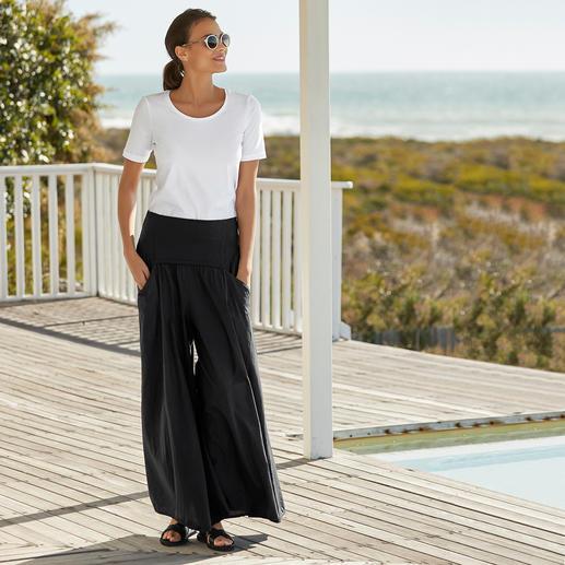 Die echte Ibiza-Hose: Gestern Klassiker im Hippie-Stil. Heute Star des Wide-Leg-Trends. Original Elisa F.: Ibiza-Mode seit 1975.