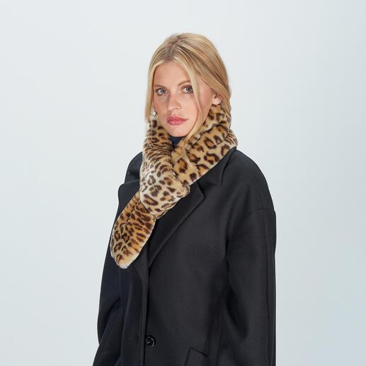 molliolli Leo-Schlaufen-Schal Modisches Update eines eleganten Klassikers: der Schlaufenschal aus hochwertigem Leoparden-Fake Fur.