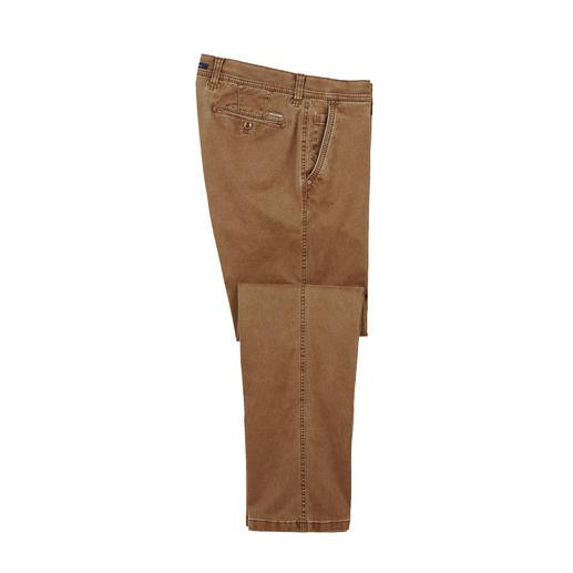 Flex-Cotton-Chino Die modisch schlanke, extrem bequeme Chino: engt nicht ein, beult nicht aus.