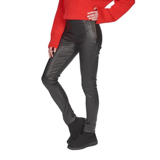 Knackiger Sitz und trotzdem superbequem: die Stretchleder-Leggings vom dänischen Leder-Spezialisten Depeche. Knackiger Sitz und trotzdem superbequem: die Stretchleder-Leggings aus feinem Lammnappa.