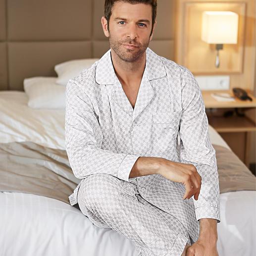 Ambassador Gentleman-Pyjama, Grau gemustert Selten geworden: der elegante, helle Gentleman-Pyjama.