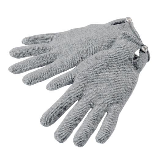Kaschmir-Schal, -Mütze oder -Handschuhe Praktisch, trendy. Und aus reinem Kaschmir.